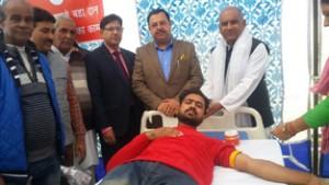 Nanda inaugurates  blood donation camp