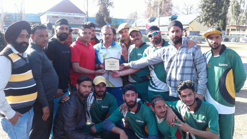 Jubilant YCC players posing alongwith dignitaries in Poonch.