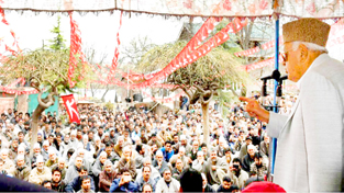 NC president Farooq Abdullah addressing a poll rally in Budgam town on Saturday.  -Excelsior/Shakeel