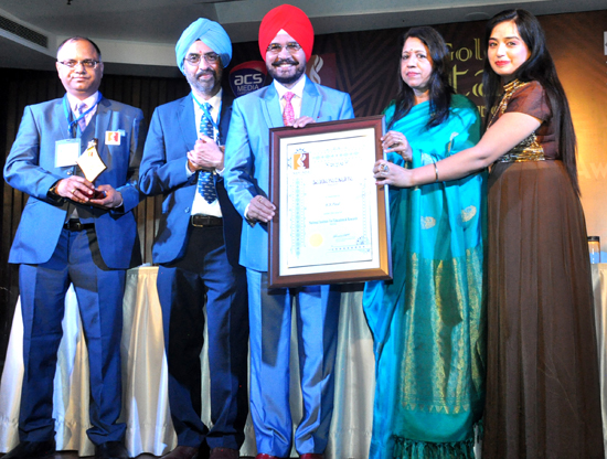 Delhi Bureau chief of Daily Excelsior, HS Paul being awarded in New Delhi.