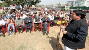Include 5300 families of DPs in  package or face agitation: Chuni