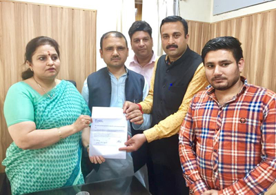 Sanskrit scholars submitting a memorandum to MoS Education Priya Sethi on Thursday.