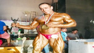 Dr Gunit becomes Mr India in prestigious National event