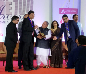 Gagan and Gunjan of VKC Nuts Pvt Ltd receiving award from Union Minister for MSME, Kalraj Misra at New Delhi.