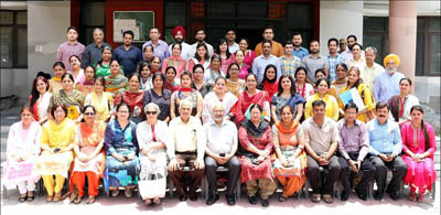 JU Vice-Chancellor and faculty members alongwith participants of workshop.