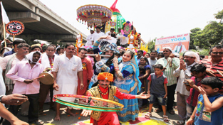 An impressive Rath Yatra of Lord Jagannath Ji being taken out in Jammu.— Excelsior/Rakesh