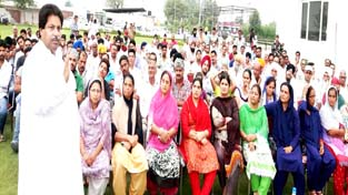 PDP-BJP Govt  fails to address  aspirations of Jammu people: Bhalla