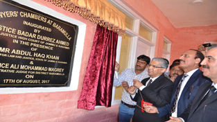 Chief Justice Badar Durrez Ahmed inaugurating lawyers chambers at Baramulla on Thursday.
