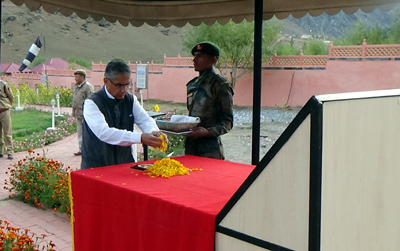 Chief Justice Badar Durrez Ahmad paying tributes to martyrs at Drass War memorial on Friday.