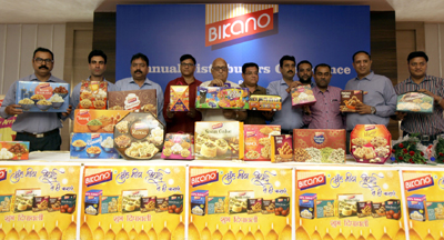 Director Bikano Group, Manish Aggarwal, flanked by others at launch of 19 new Diwali gift packs at distributors conference in Jammu on Saturday. —Excelsior/ Rakesh