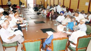 Peaceniks During Round Table Discussion At Jammu On Tuesday.  Excelsior /Rakesh