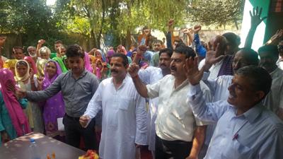 Former MLA and NPP president Balwant Singh Mankotia receiving Haq-Insaaf Yatra in Udhampur district.