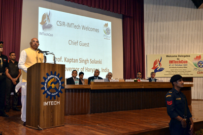 Haryana Governor Prof Kaptan Singh Solanki delivering inaugural address at Industry-Academia meet by CSIR-IMTECH.