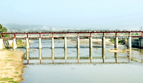 11 gated-structures of Tawi artificial lake in ready position at Baddi Tawi in Jammu. -Excelsior/Rakesh