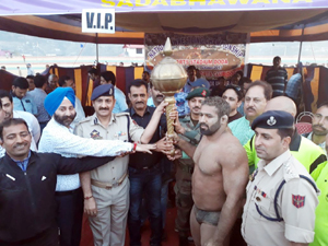 Winners of Wrestling competition being felicitated by the dignitaries in Doda.