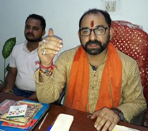 Pandit Rumil Sharma, manager of Bhairav Temple, Chowk Chabutra addressing media persons at Jammu.