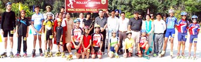 Winners of DAV National Sports Cluster Level Competitions of Roller Skating posing for group photograph.