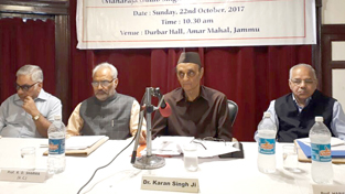 Dr Karan Singh delivering presidential remarks during inaugural session of a seminar on Maharaja Gulab Singh on Sunday. — Excelsior/Rakesh