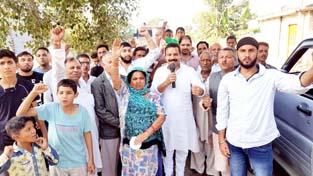 NPP President Balwant Singh Mankotia during Haq-Insaaf Yatra at Marh.