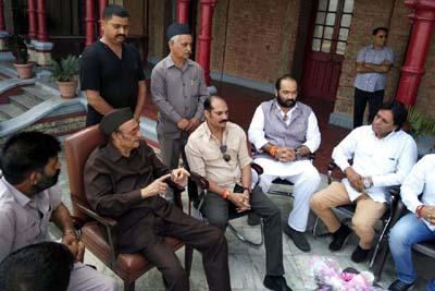 Gujjar delegation meeting with Dr Karan Singh, Vikramaditya Singh and Ranvijay Singh.