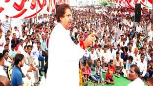 Senior Congress leader Raman Bhalla addressing a public gathering in Jammu.