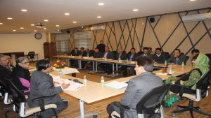 Chief Minister reviews power, drinking water scenario in the Valley