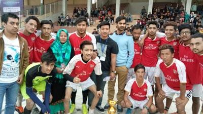 Winners of SAOLJ Sports Meet posing along with chief guest Waheed-ur-Rehman Parra in Jammu.