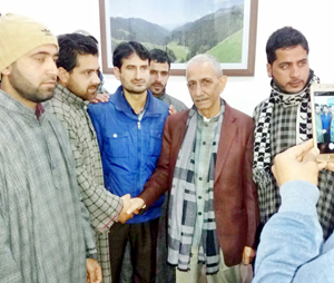 A PDP delegation meeting Interlocutor Dineshwar Sharma in Anantnag on Tuesday. -Excelsior/Sajad Dar