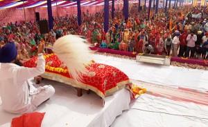 Gurpurab celebrated with religious  fervor, enthusiasm across J&K