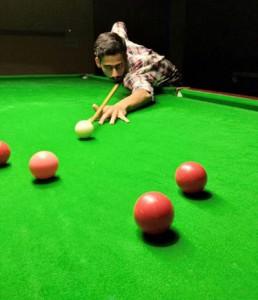 Ishuk, Abhishek enter semis of Senior Snooker