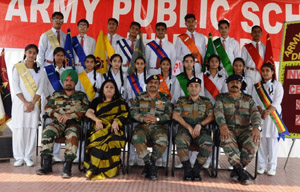 Winners of Archery Championship posing along with dignitaries at JU in Jammu.