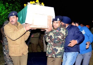 Tributes paid to martyred cop