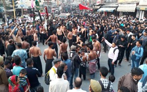 Impressive Chehlum procession taken  out in memory of Karbala martyrs