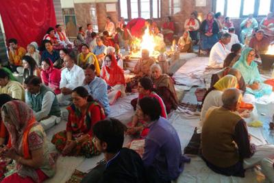 Participants during Chaturved Shatakam Yagya at Arya Samaj, Bakshi Nagar, Jammu on Sunday. —Excelsior/Rakesh
