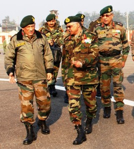 Army chief reviews security, visits Rajouri sector on LoC