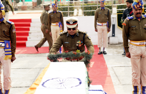 Wreath laying ceremony of 4 CRPF Jawans, who were killed in an Fidayeen attack on CRPF Training Centre at Letpora, Pulwama. —Excelsior/Shakeel