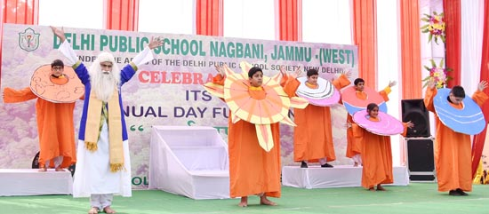 Students presenting cultural item during Annual Day at DPS Nagbani.