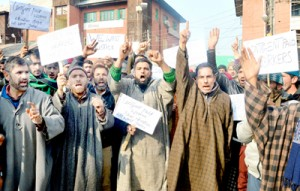 CPWs stage protest, demand regularization