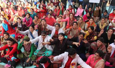 NHM employees protesting on Sunday.