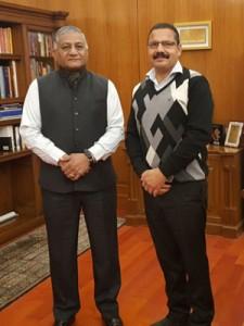 Mankotia calls on VK Singh