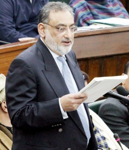 Drabu's Rs 80,313 cr worth budget gives sops to employees, industry, tourism, other sections