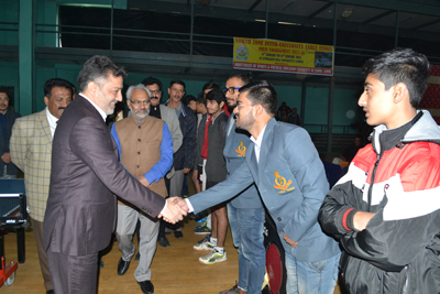 Minister for Sports, Moulvi Imran Raza Ansari interacting with players and officials during closing ceremony of Inter-University TT Championship.
