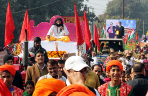 Shobha Yatra of Shri Guru Ravi Dass Ji being taken out in Jammu on Sunday. — Excelsior/Rakesh