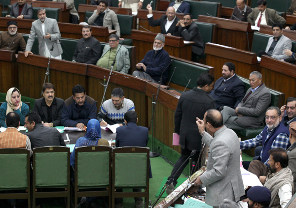 NC MLA Mian Altaf Ahmed and Rural Development Minister Haq Khan arguing in Legislative Assembly on Friday. — Excelsior/Rakesh