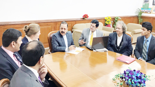 "A team of US experts, representing ""Indo-US Health Initiatives"" (IUHI), making a presentation before Union Minister Dr Jitendra Singh, at New Delhi on Monday."