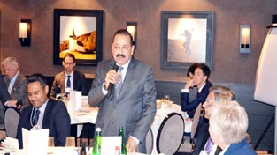 "Union Minister Dr Jitendra Singh speaking at ""Luncheon Round-table"" meet on the topic ""Sustainable Production through Fourth Industrial Revolution Innovations"" at World Economic Forum at Davos, Switzerland."