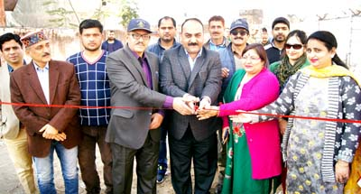 Munish Sharma, Vice Chairman, JAKFED along with officers from SPCB and JMC, inaugurating segregation and composting at source in Ward No 13, Resham Ghar, Jammu.