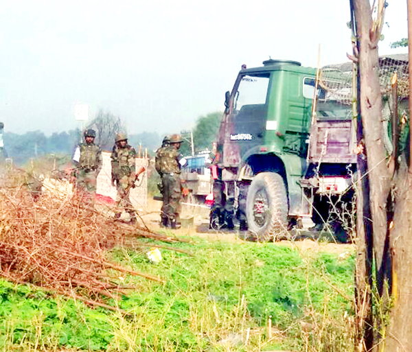 Army personnel conducting searches in Samba on Friday. -Excelsior/Gautam