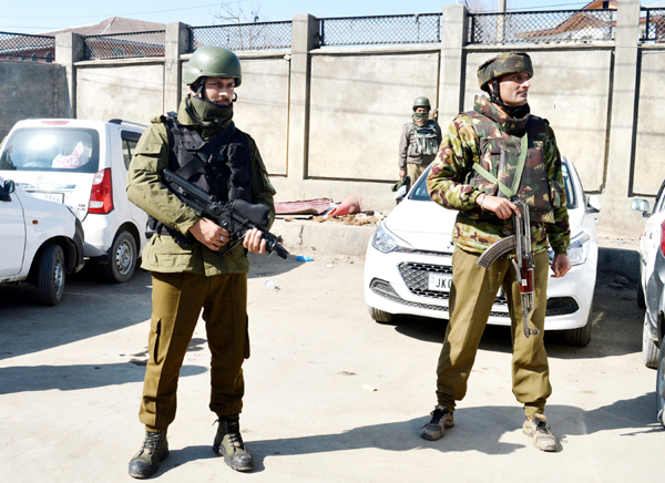 """Fayaz Bukhari SRINAGAR, Feb 6: After facing serious setback due to """"Operation All Out"""" launched by security forces last year in which around 200 militants were killed, the Lashkar-e-Toiba (LeT) today managed to get its top commander out in a bid to revive the outfit. Naveed Jat, 22, alias Abu Hanzullah resident of Sahiwala, Multan Punjab in Pakistan who was arrested in 2014 from Kulgam district of South Kashmir, fled from police custody when he was taken to SMHS hospital in Srinagar this morning from Central Jail Srinagar for medical checkup. Naveed along with five other jail inmates were taken to hospital for treatment this morning. Sources said that two militants handed him a pistol inside the hospital and in no time, he fired at the police guarding him, who were injured critically. The two militants and LeT commander took the advantage of panic that gripped the hospital and fled away. The two cops, who were being treated in the SMHS hospital, later succumbed to injuries. They have been identified as Head-Constable Mushtaq Ahmad, resident of Dildar Karnah in Kupwara district and Constable Babar Ahmad Khan, resident of Shangus Achabal in Anantnag district. SSP Srinagar, Imtiyaz Ismail Parray said that Naveed was brought from Central Jail Srinagar for medical checkup. He had a scuffle with escorting police party and suddenly two persons appeared and opened fire. In the incident, two policemen suffered injuries, who later succumbed. Police and Special Operations Group of Jammu and Kashmir Police immediately laid a cordon and conducted searches in the area but the LeT commander and his associates had already fled. An alert was sounded in Srinagar district to intensify the searches to trace out the fleeing inmate and his associates. However, no traces of the LeT commander and his associates were found. Police procured CCTV footage and is trying to identify two other persons who helped Naveed escape. In the CCTV footage Naveed and his associates are being seen fleeing b"""