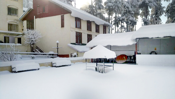 A view of snowfall at Patnitop.